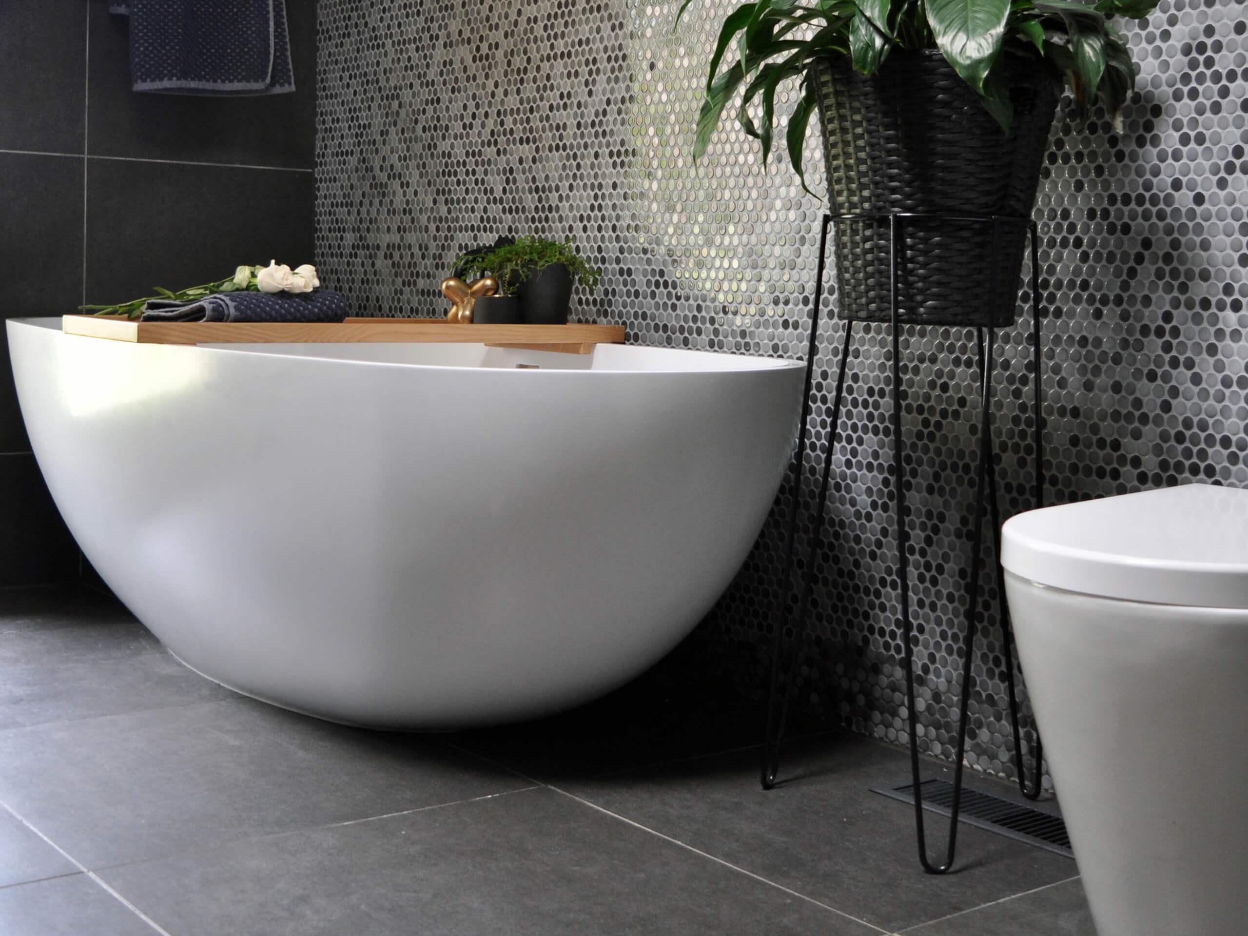 Bathroom tiled 600 x 600 Black Matt & Mosica feature wall