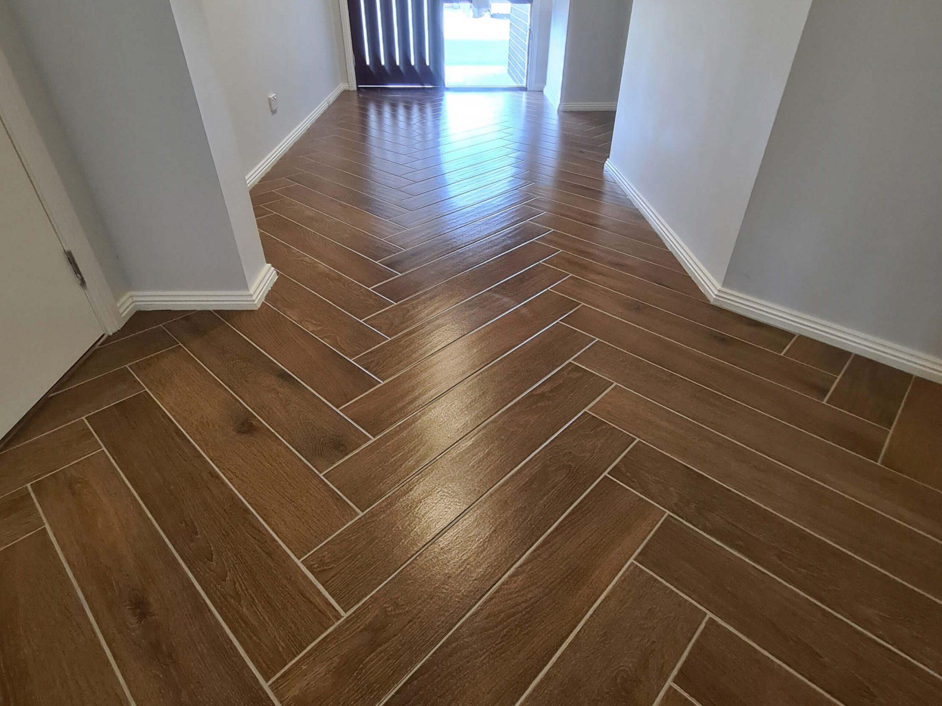 Hall way tiling Main floor